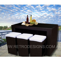 Brown Bristra Wicker Outdoor Furniture with Stools