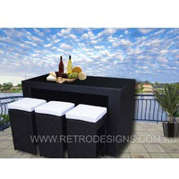 Bristra Wicker Outdoor Furniture with Stools